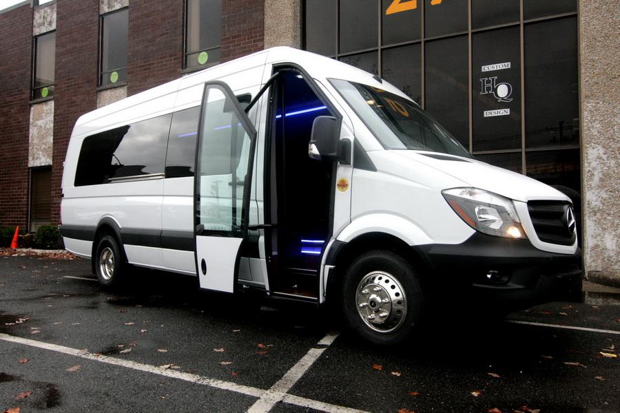 Mercedes Bus Van >> Mercedes Benz Sprinter As A Shuttle Bus Hq Custom Design Inc Blog