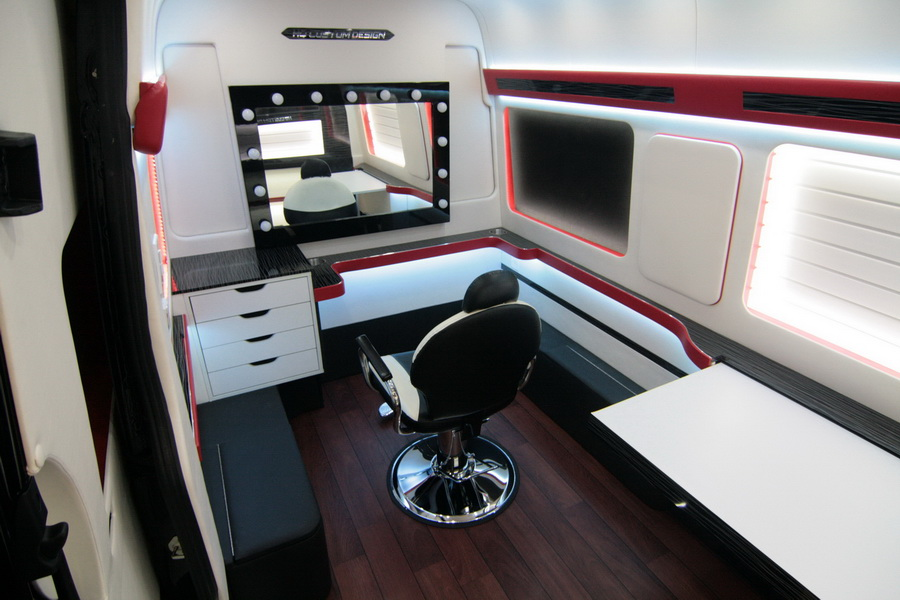 رقيق حافلة مظلة Mobile Beauty Vans For