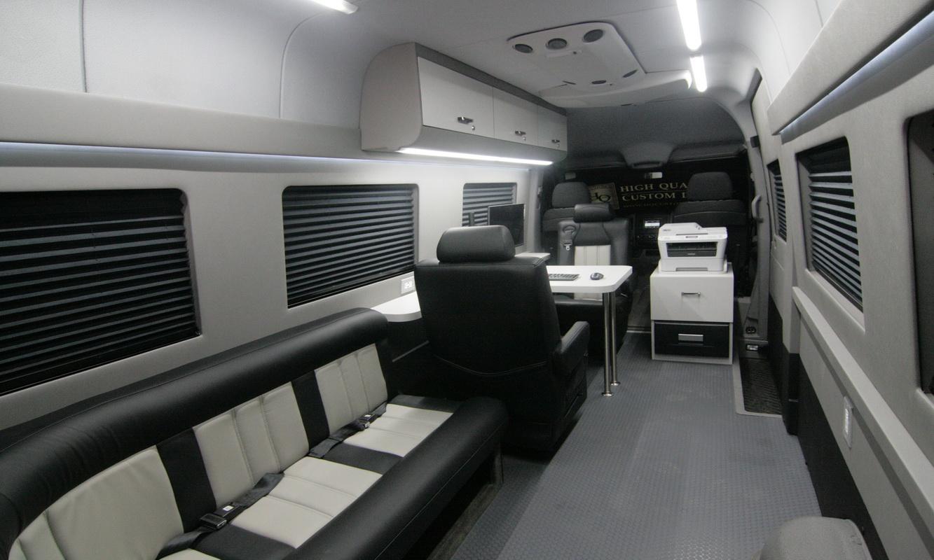 Ford Transit Van >> Mobile Office Conversion Vans | HQ Custom Design